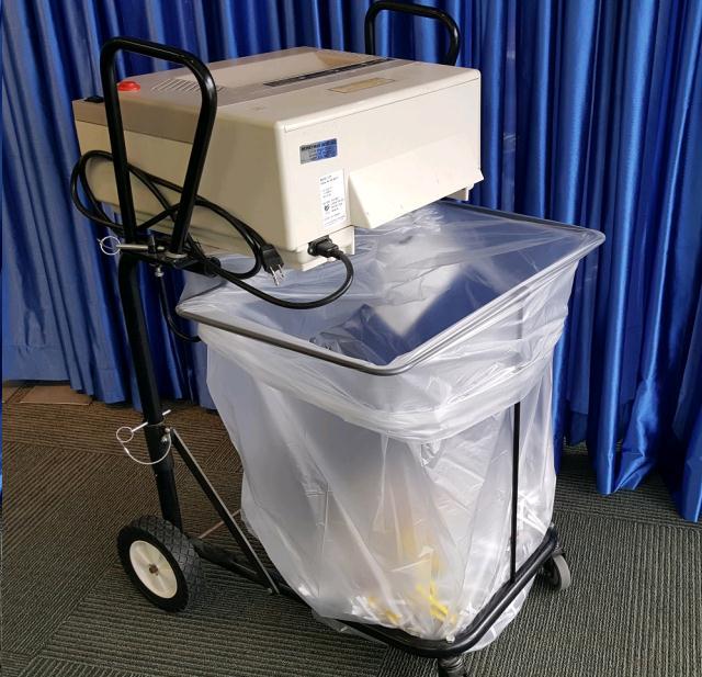 Full size paper shredder rentals omaha ne where to rent for Document shredding omaha