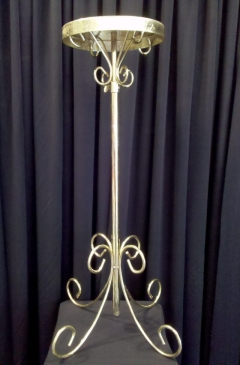 Where to rent PR, BRASS FLOWER STANDS in Omaha NE