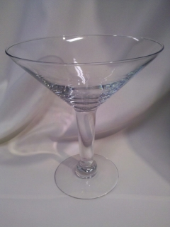 Where to rent SUPER MARTINI GLASS 48 Oz in Omaha NE