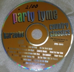 Where to rent COUNTRY CLASSICS CD in Omaha NE