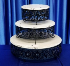 Rental store for VINTAGE CAKE STAND SET  3 in Omaha NE
