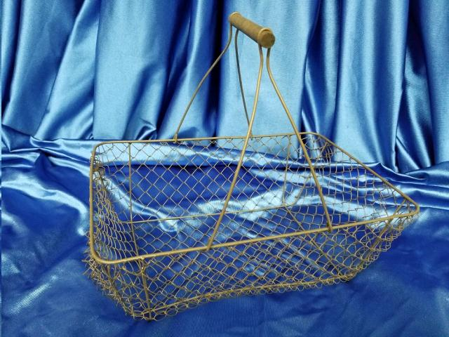 Where to find FARMHOUSE WIRE BASKET in Omaha